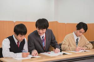 個別指導 やる気スイッチのスクールIE  氷川台駅前校の画像・写真